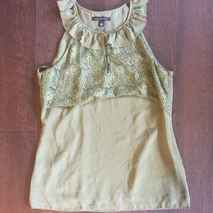 Olive Green banana republic top. Size 8